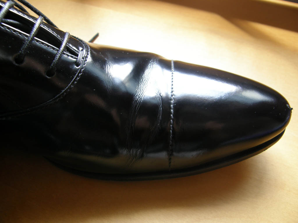 Prevent Leather Shoes From Creasing